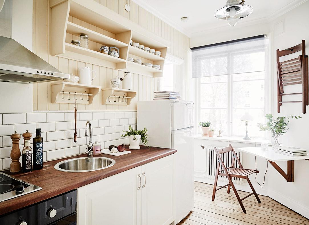 Маленькая кухня: 25 вариантов размещения стола со стульями