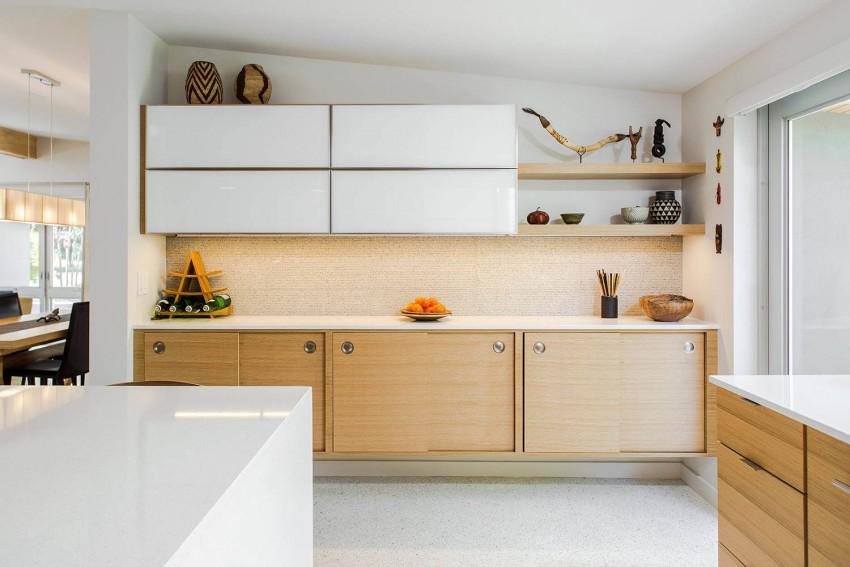 Кухня/столовая в  цветах:   Бежевый, Белый, Желтый, Светло-серый.  Кухня/столовая в  стиле:   Минимализм.