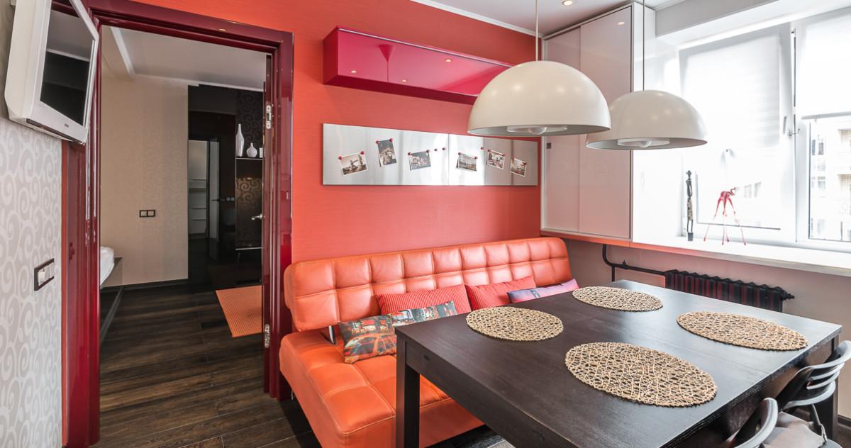 Квартира 42 метра с большой кухней и кабинетом на лоджии