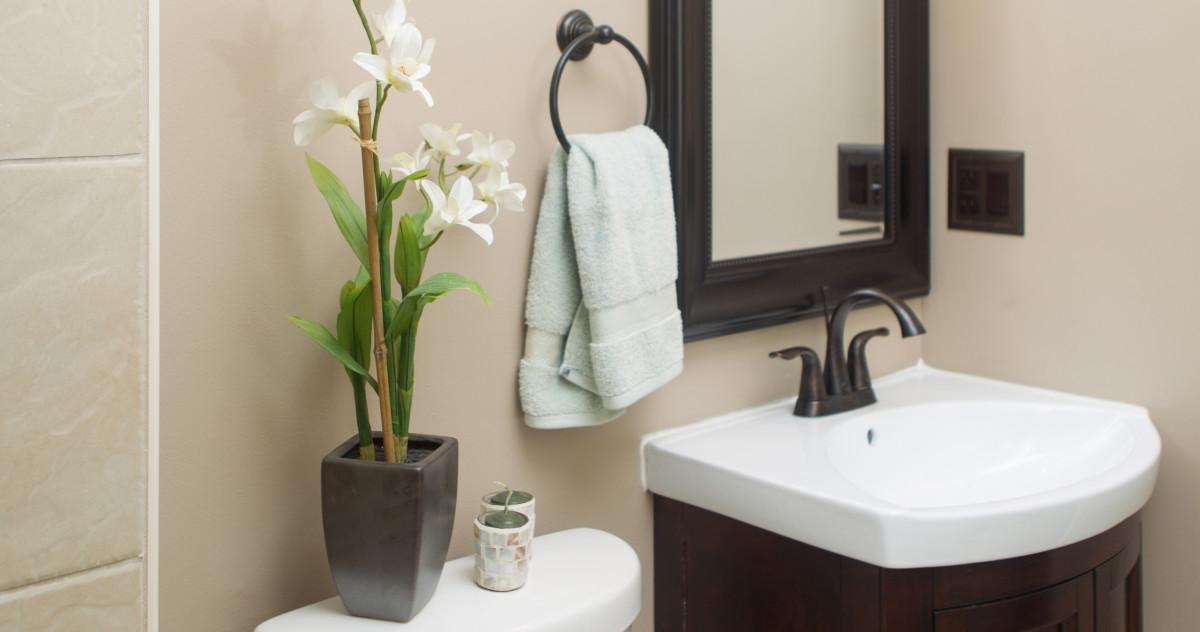 2 дня на ремонт: 5 примеров того, как обновить ванную комнату