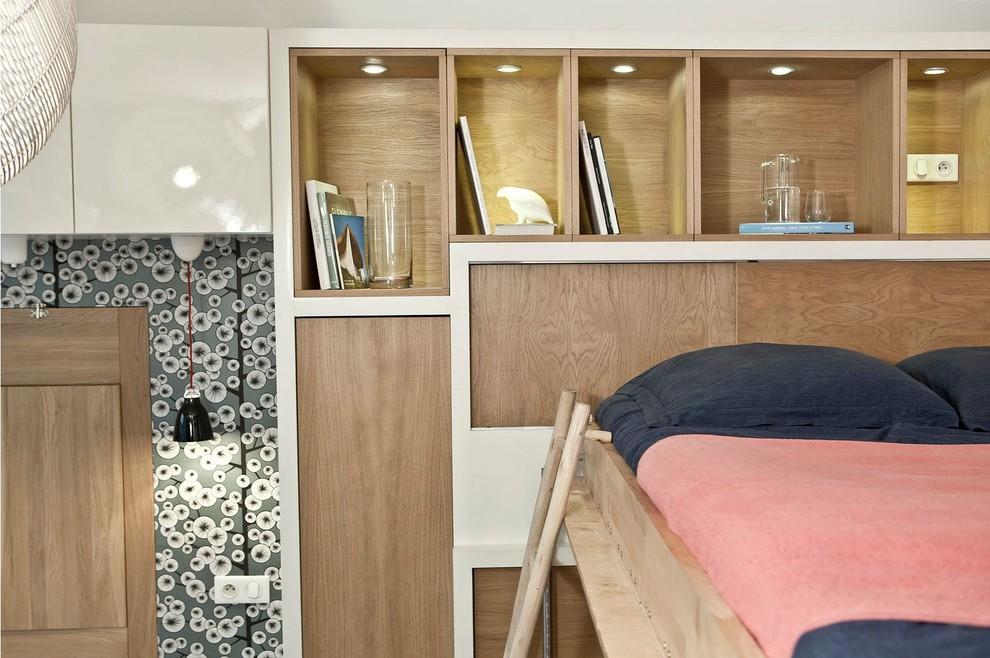Спальня в  цветах:   Бежевый, Белый, Красный, Светло-серый.  Спальня в  стиле:   Минимализм.