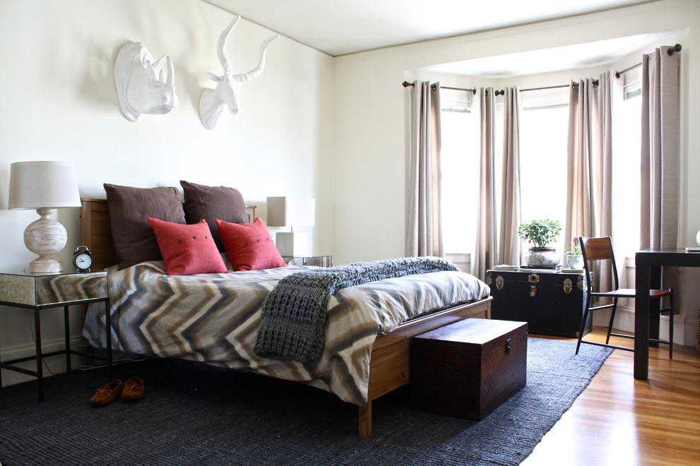 Спальня в цветах: Белый, Светло-серый, Серый, Черный. Спальня в стиле: Эклектика.