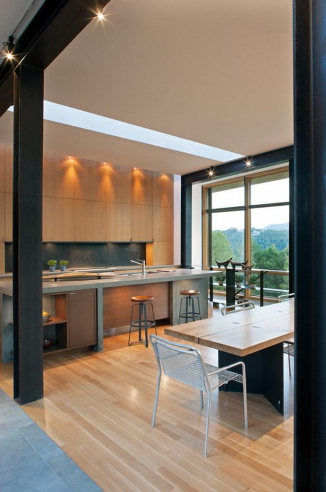 Кухня/столовая в  цветах:   Бежевый, Серый, Синий, Черный.  Кухня/столовая в  стиле:   Минимализм.