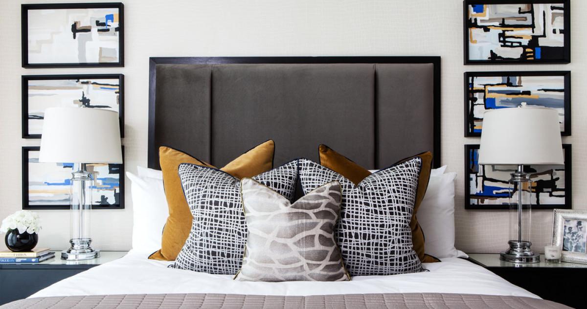 6 беспроигрышных вариантов декора кровати подушками