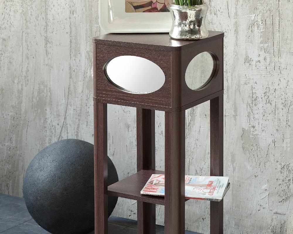 Мебель и предметы интерьера в цветах: черный, серый, белый, коричневый. Мебель и предметы интерьера в .