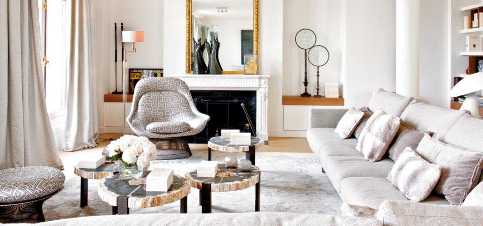 Модный интерьер от известного парижского дизайнера с видом на Эйфелеву башню