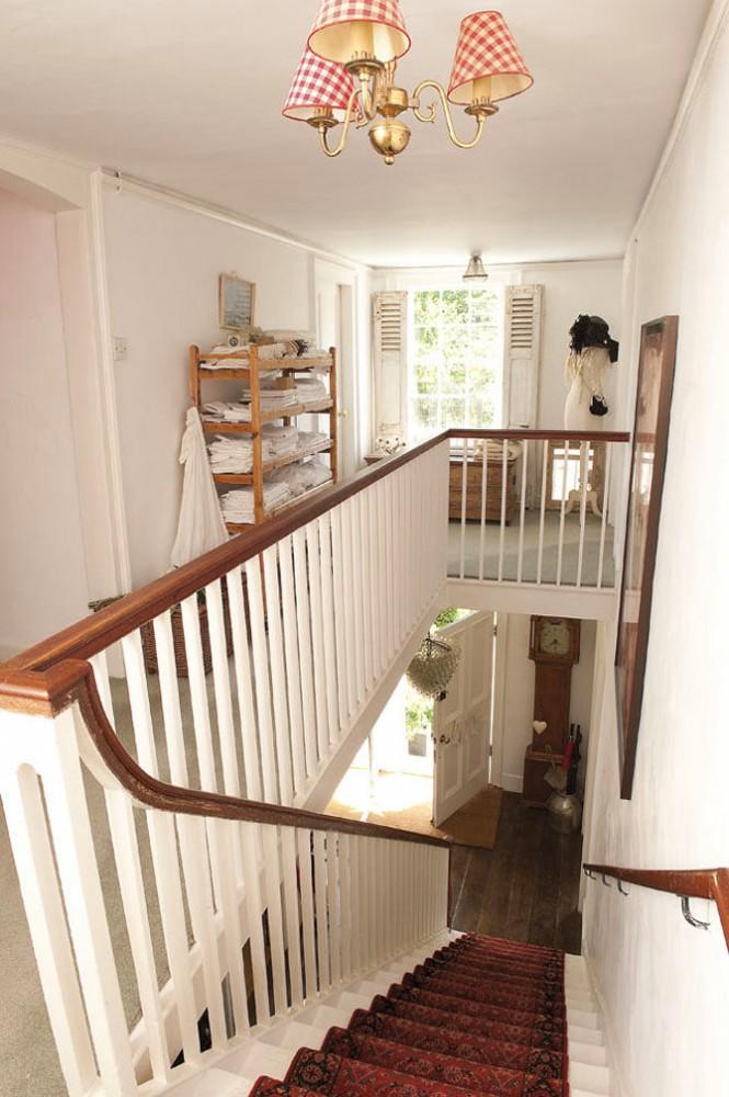 Гостиная, холл в цветах: серый, белый, коричневый, бежевый. Гостиная, холл в стиле французские стили.