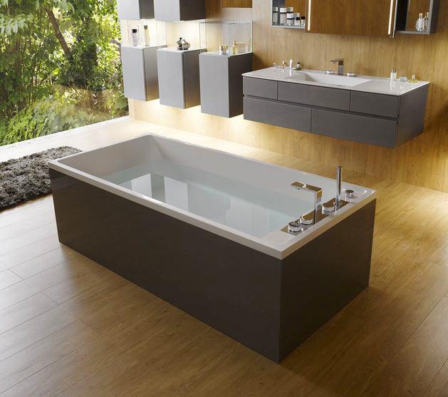 Ванная в цветах: серый, светло-серый, коричневый, бежевый. Ванная в стилях: минимализм, экологический стиль.