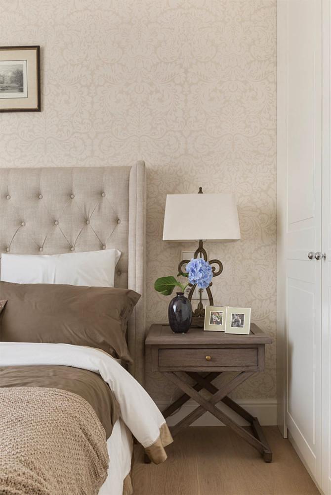 Мебель и предметы интерьера в цветах: белый, коричневый, бежевый. Мебель и предметы интерьера в стиле минимализм.