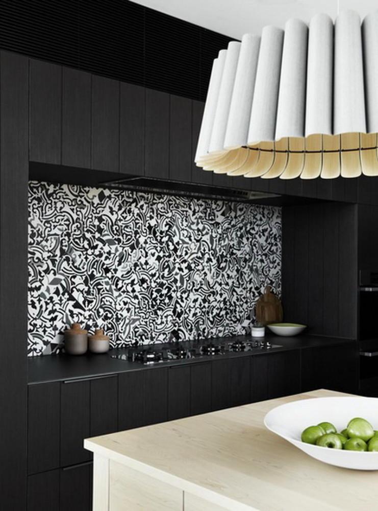 Кухня в цветах: черный, серый, светло-серый, бежевый. Кухня в .