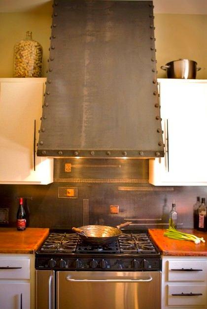Кухня в цветах: желтый, белый, коричневый, бежевый. Кухня в .