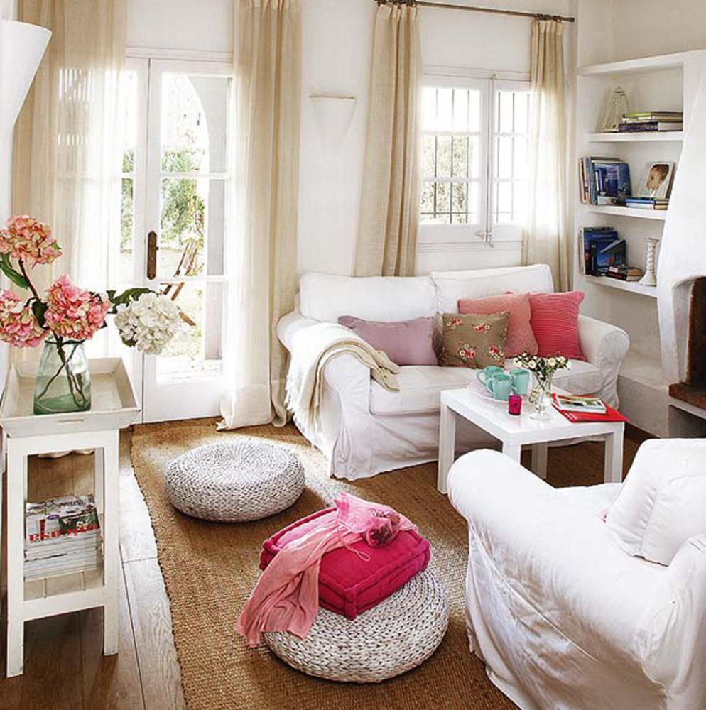 Гостиная, холл в цветах: белый, коричневый, бежевый. Гостиная, холл в стилях: средиземноморский стиль.