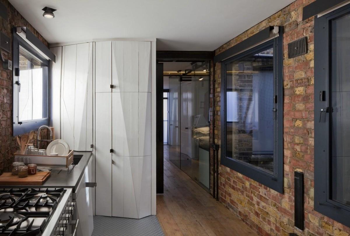 Кухня в цветах: черный, серый, светло-серый, белый, коричневый. Кухня в .