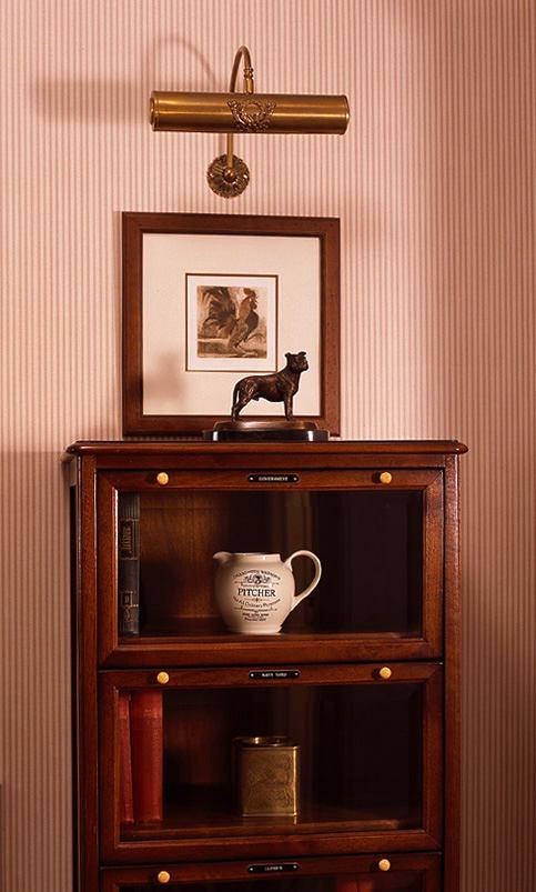 Мебель и предметы интерьера в цветах: бордовый, темно-коричневый, коричневый, бежевый. Мебель и предметы интерьера в стилях: английские стили, неоклассика.