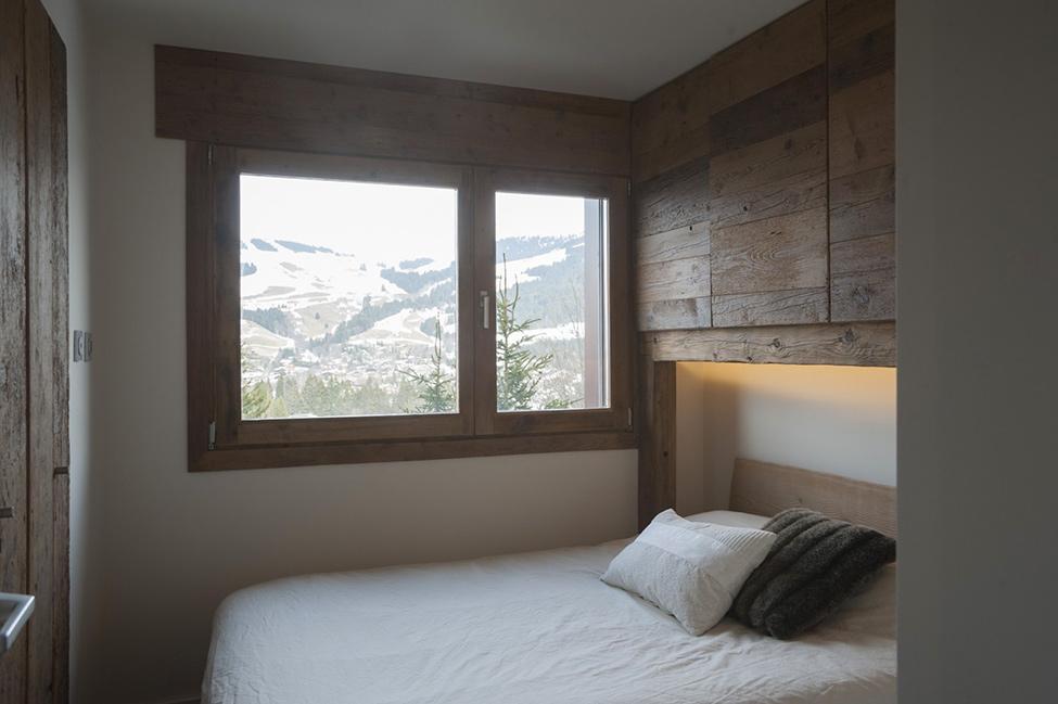 Спальня в цветах: белый, коричневый. Спальня в .