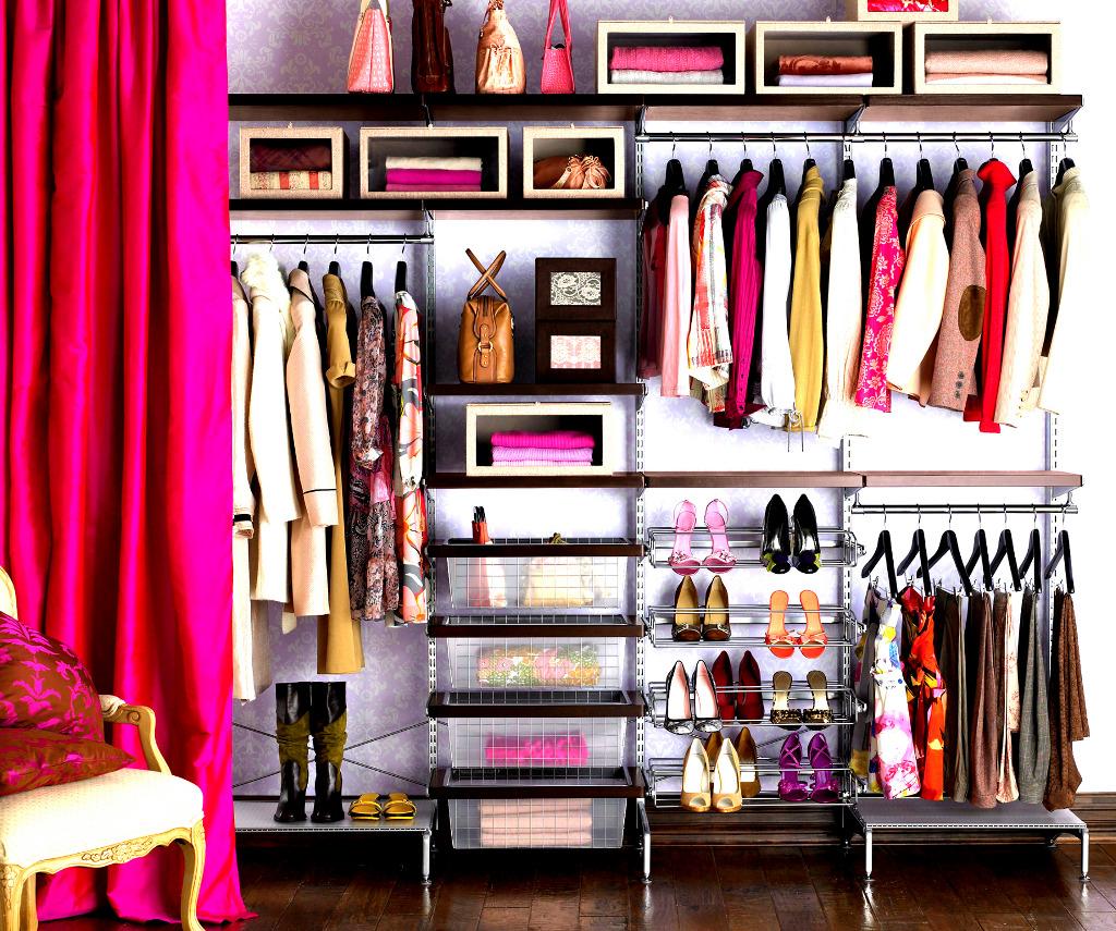 Мебель и предметы интерьера в цветах: серый, светло-серый, белый, бордовый, темно-коричневый. Мебель и предметы интерьера в стиле минимализм.