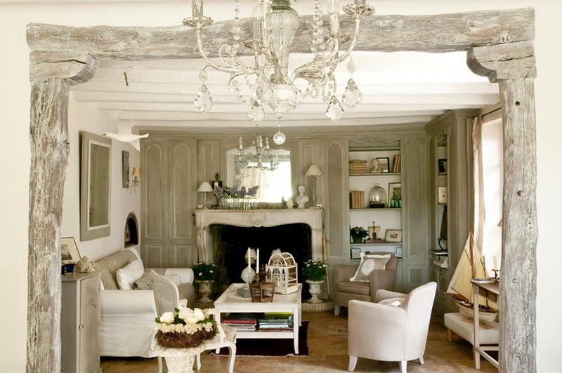 Столовая в цветах: светло-серый, белый, бежевый. Столовая в стиле французские стили.