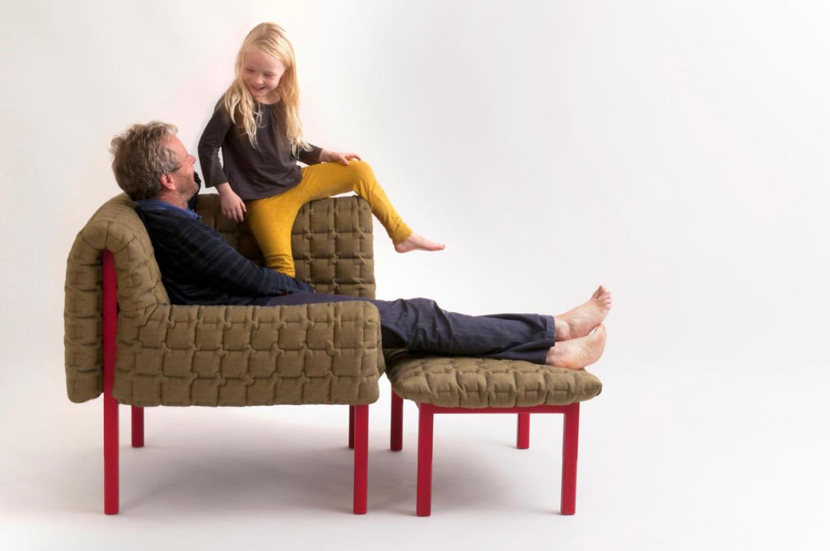 Мебель и предметы интерьера в цветах: серый, светло-серый, темно-зеленый, коричневый. Мебель и предметы интерьера в стиле минимализм.