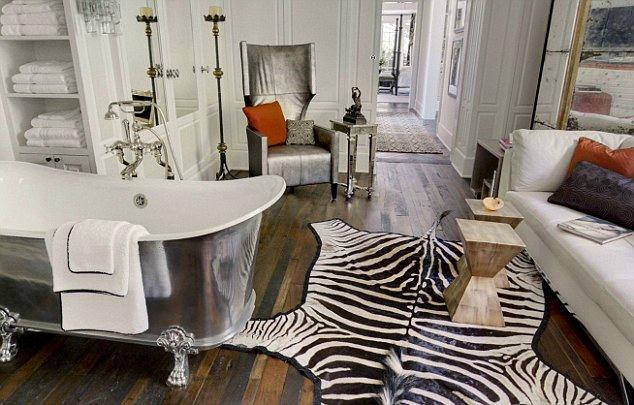 Мебель и предметы интерьера в цветах: черный, серый, белый, коричневый. Мебель и предметы интерьера в стилях: эклектика.