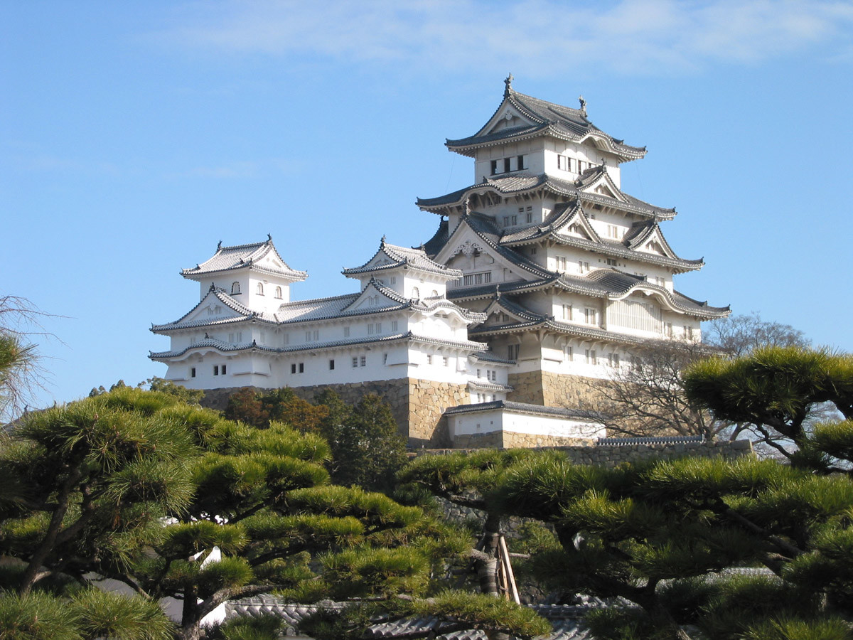 Архитектура в цветах: голубой, черный, серый, темно-зеленый. Архитектура в стиле минимализм.