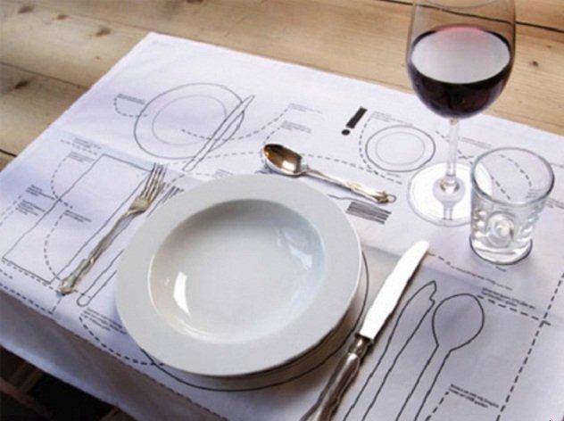 Мебель и предметы интерьера в цветах: белый, бежевый. Мебель и предметы интерьера в стиле эклектика.