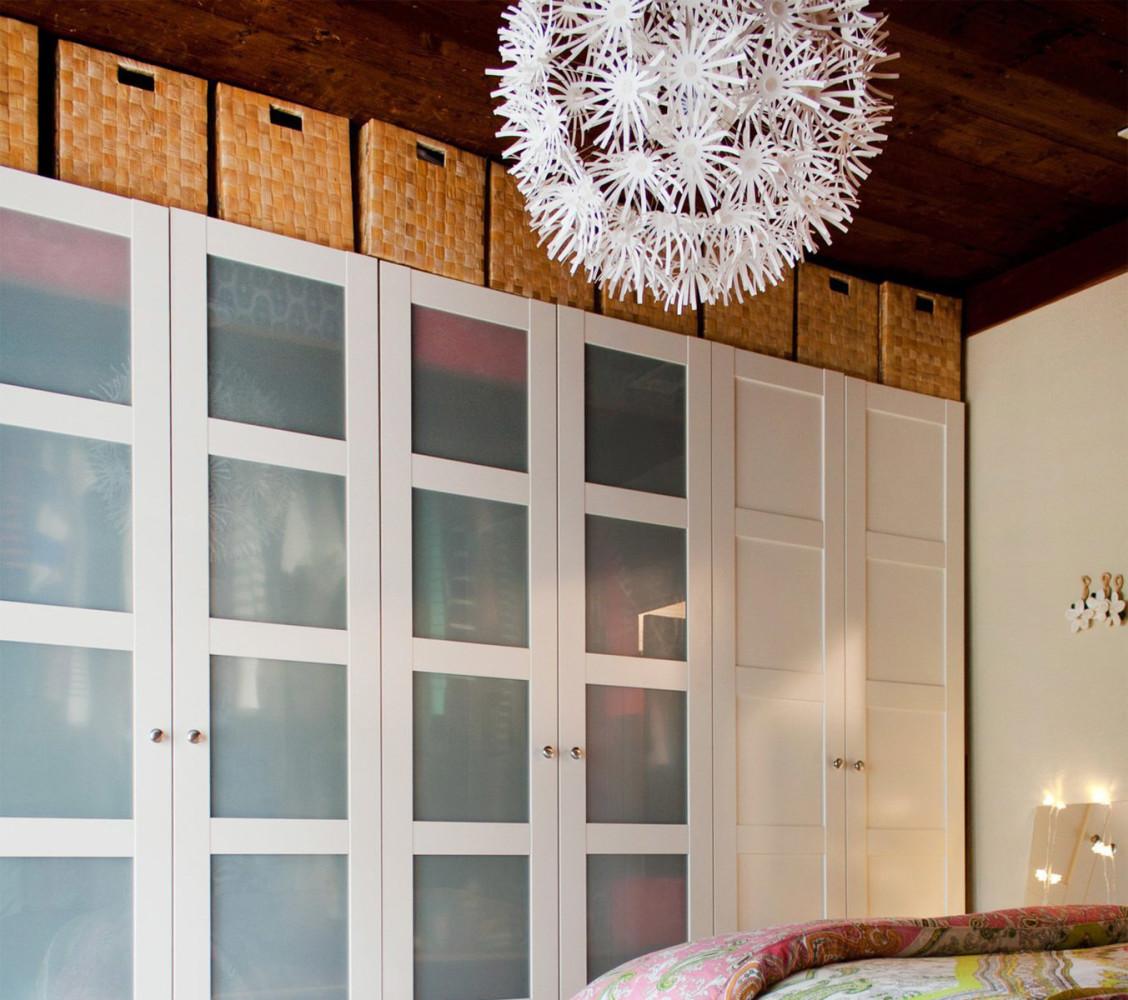 Мебель и предметы интерьера в цветах: серый, светло-серый, белый, темно-коричневый, бежевый. Мебель и предметы интерьера в стилях: американский стиль.