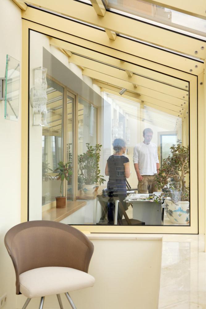 Балкон, веранда, патио в цветах: белый, бежевый. Балкон, веранда, патио в стиле минимализм.