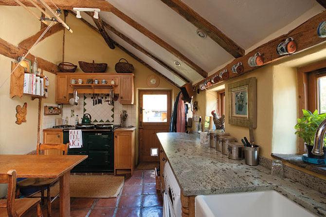 Кухня в цветах: желтый, серый, коричневый, бежевый. Кухня в .