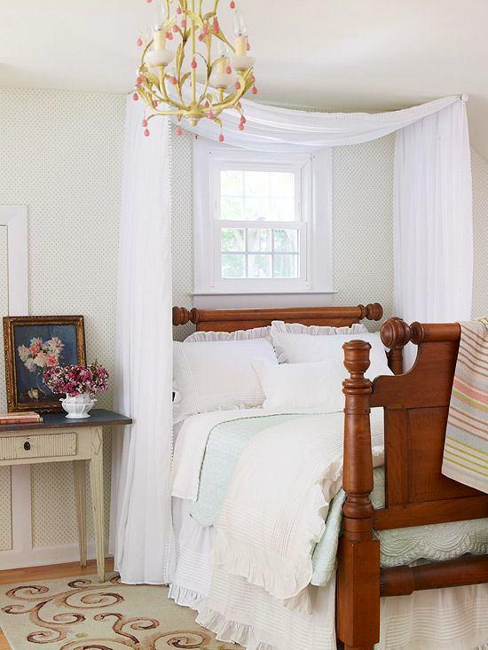 Спальня в цветах: серый, белый, бордовый, коричневый. Спальня в стилях: английские стили.