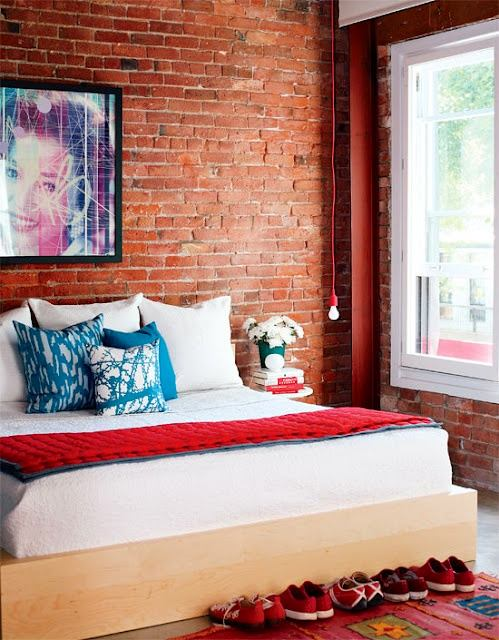 Спальня в цветах: желтый, светло-серый, темно-коричневый, коричневый, бежевый. Спальня в стиле поп-арт.