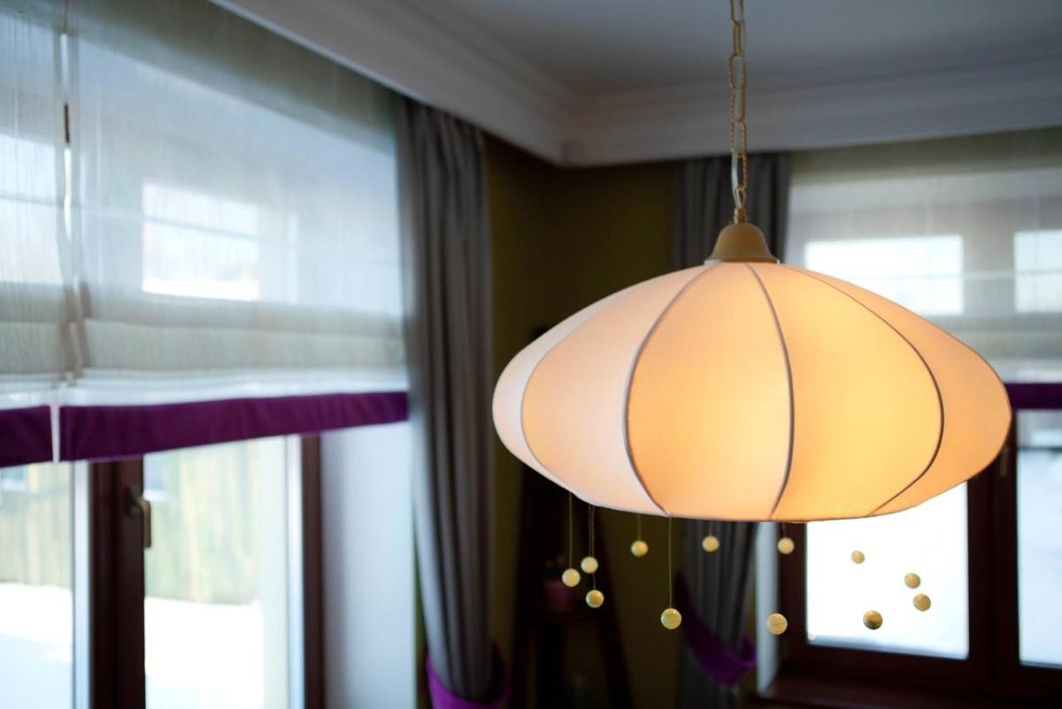 Мебель и предметы интерьера в цветах: желтый, черный, серый, светло-серый, белый. Мебель и предметы интерьера в стиле модерн и ар-нуво.