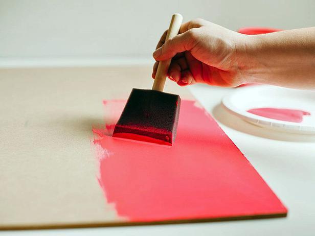 Фото в цветах: красный, коричневый. Фото в .