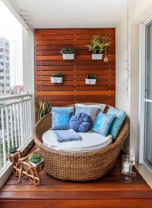 Балкон, веранда, патио в цветах: голубой, бирюзовый, серый, белый, бордовый. Балкон, веранда, патио в .