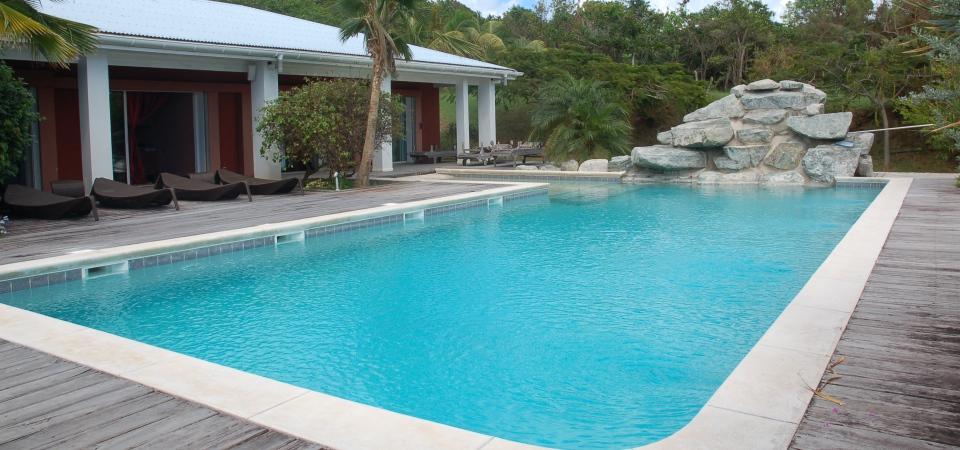 Как выбрать бассейн для дачи: 5 советов