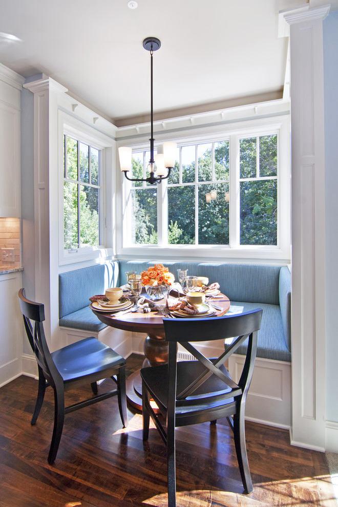 Кухня в цветах: голубой, серый, белый, сине-зеленый. Кухня в стиле французские стили.