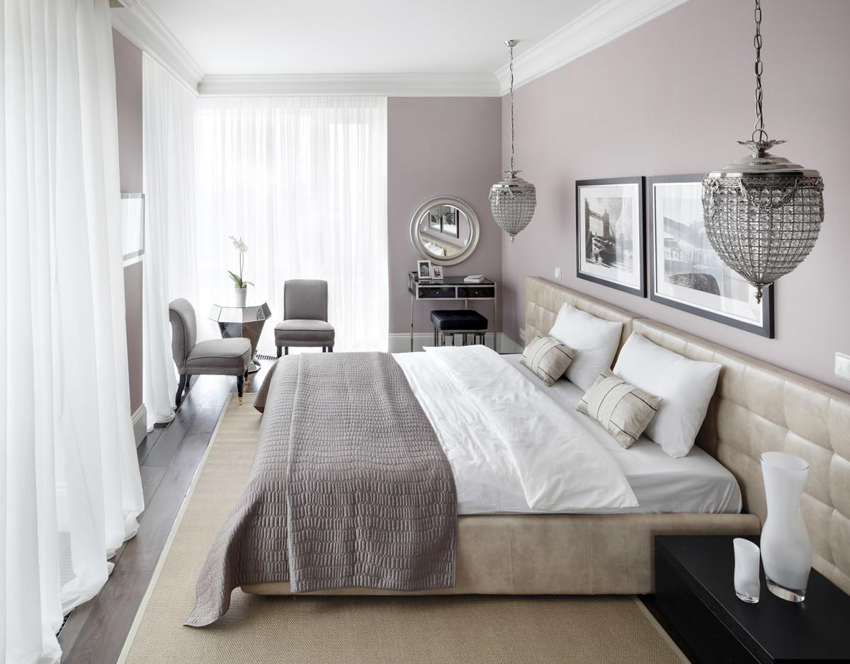 Спальня в цветах: серый, белый, бежевый. Спальня в стиле эклектика.