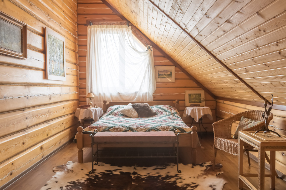 Спальня в  цветах:   Бежевый, Белый, Коричневый, Светло-серый, Темно-коричневый.  Спальня в  стиле:   Кантри.