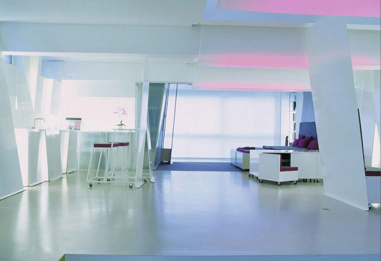 Кухня/столовая в  цветах:   Бирюзовый, Светло-серый, Серый.  Кухня/столовая в  стиле:   Хай-тек.