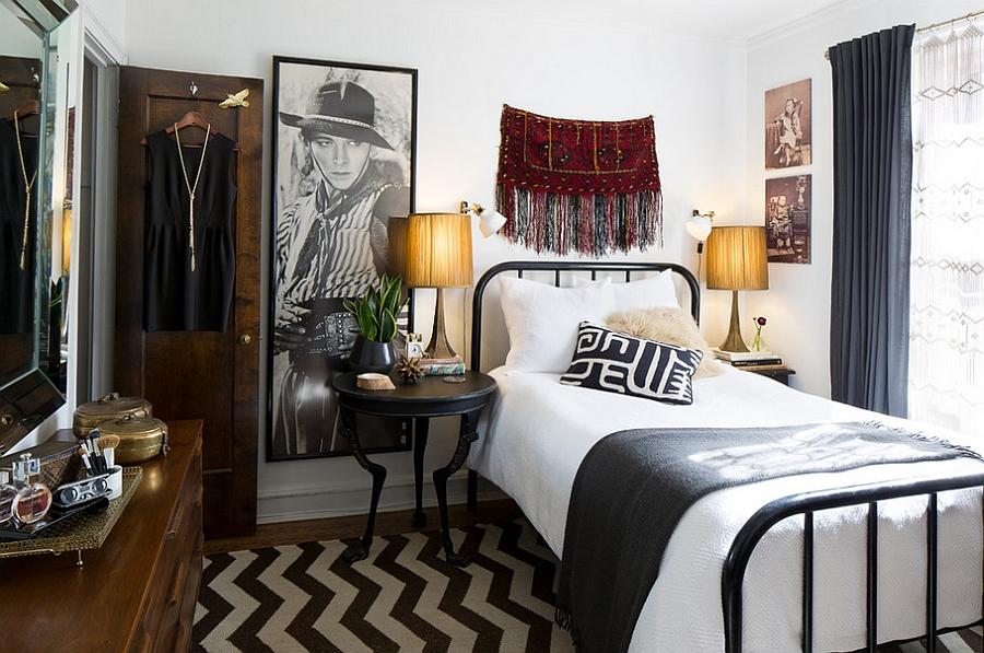 Спальня в  цветах:   Белый, Светло-серый, Серый, Темно-коричневый, Черный.  Спальня в  стиле:   Эклектика.