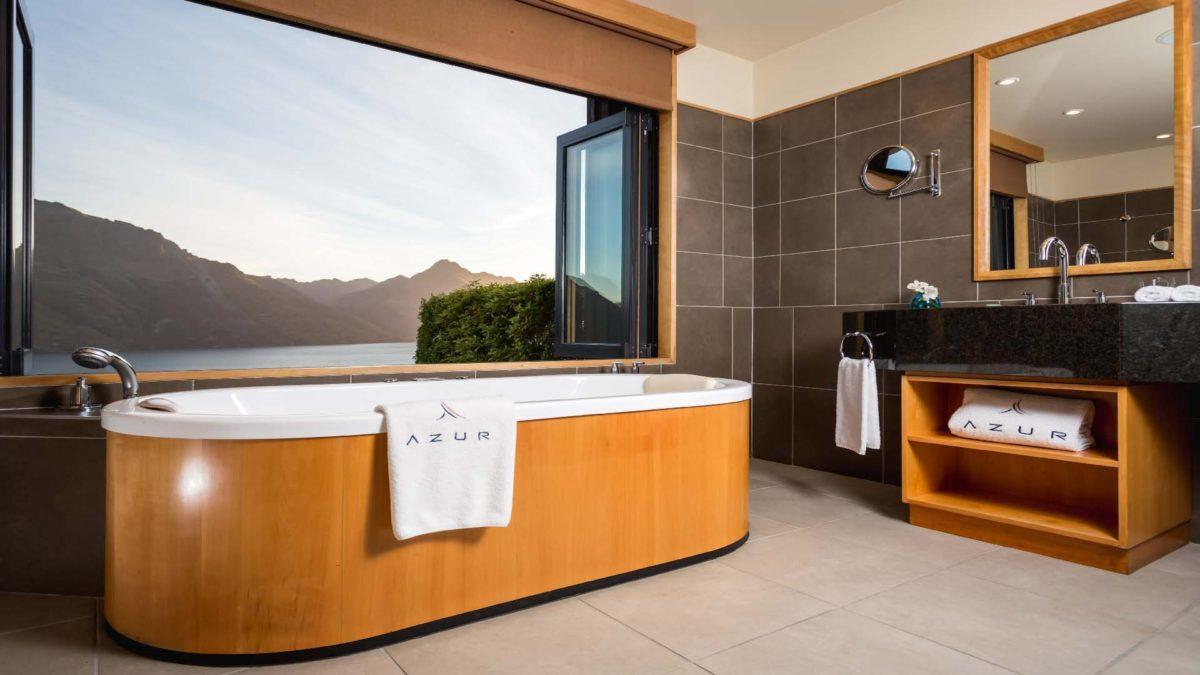 15 ванных комнат, ради которых стоит пожить в дорогих отелях