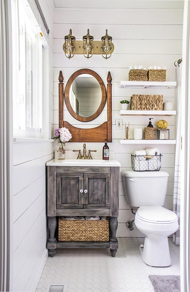 Туалет в  цветах:   Бежевый, Белый, Светло-серый, Серый.  Туалет в  стиле:   Кантри.