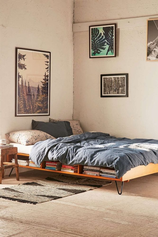 Спальня в  цветах:   Бежевый, Коричневый, Светло-серый, Серый, Темно-коричневый.  Спальня в  стиле:   Минимализм.