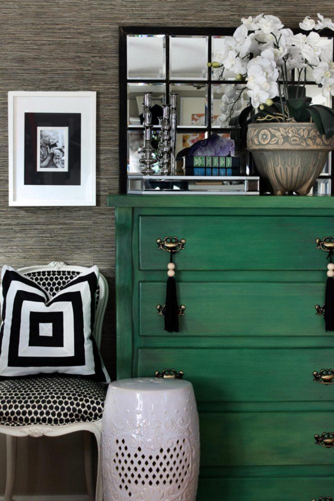 Вдохновение в  цветах:   Светло-серый, Серый, Синий, Темно-зеленый, Черный.  Вдохновение в  .