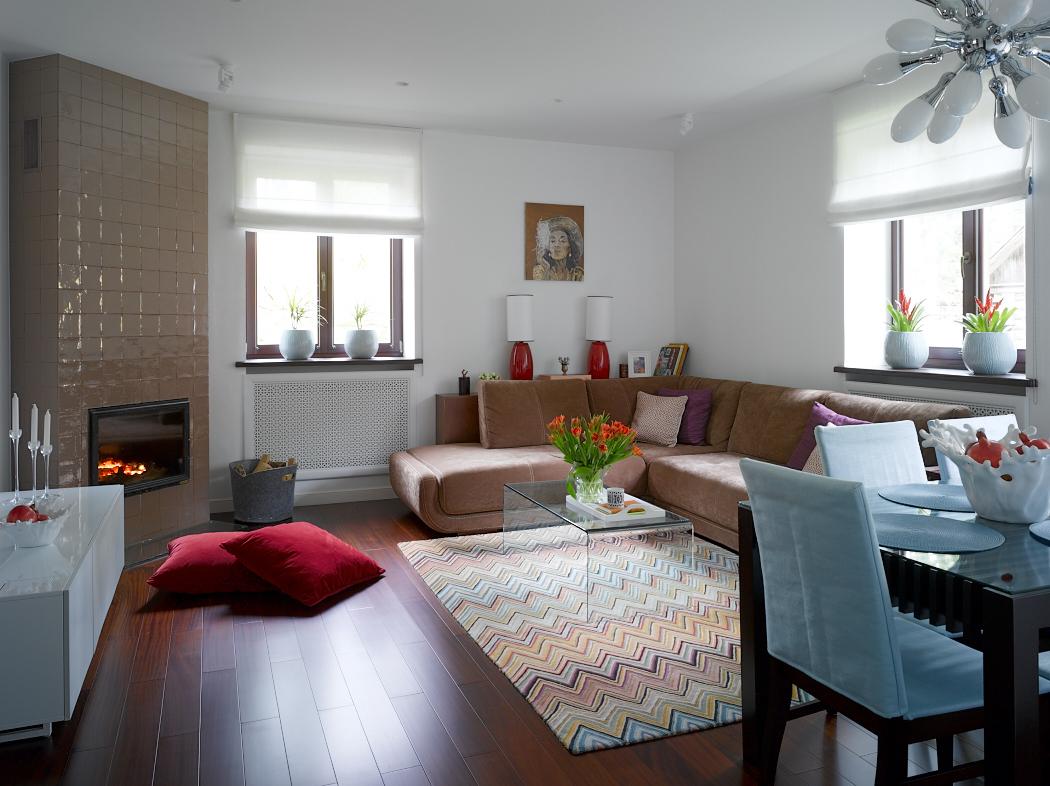 Яркий интерьер семейного дома в Подмосковье