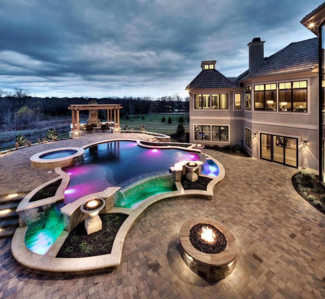 20 домов с крутыми бассейнами