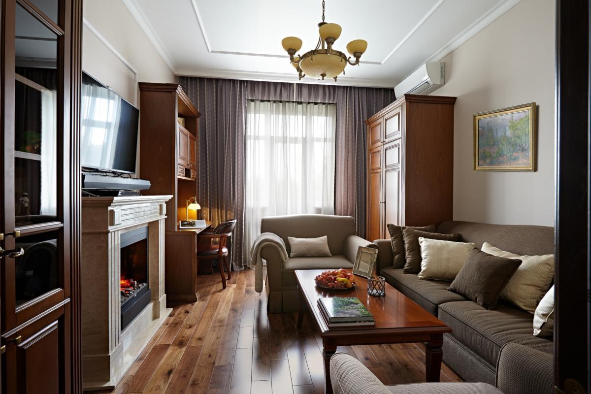 Дизайн трёхкомнатной квартиры: стиль «сталинский ампир» для мужчины-консерватора