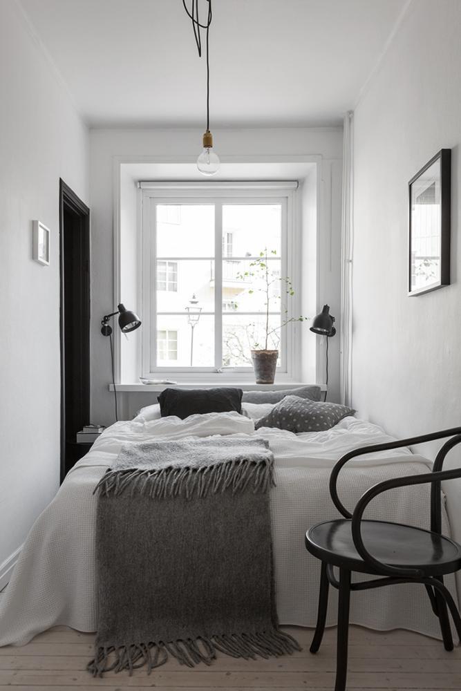 Спальня в  цветах:   Белый, Светло-серый, Серый, Темно-коричневый, Черный.  Спальня в  стиле:   Скандинавский.