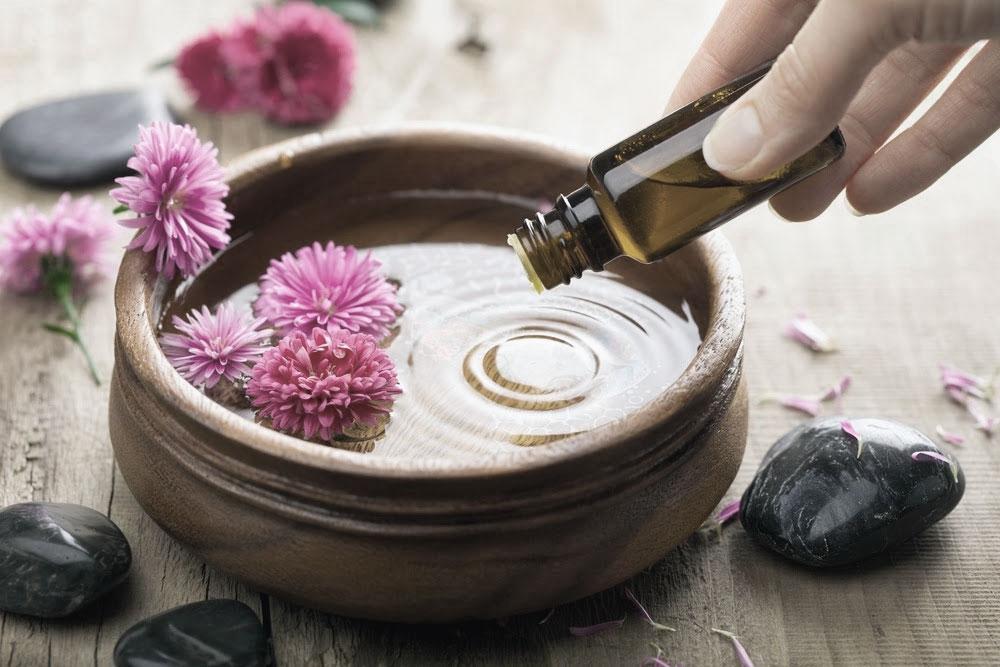 Эфирные масла для уборки: 7 действенных рецептов