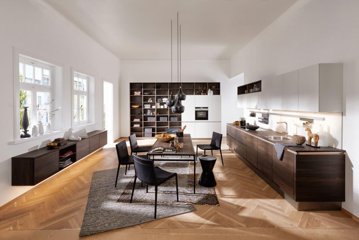 Кухня/столовая в  цветах:   Бежевый, Коричневый, Светло-серый, Темно-коричневый, Черный.  Кухня/столовая в  стиле:   Скандинавский.