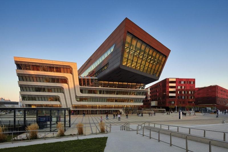 Архитектурная экскурсия Roomble в Вену: новый кампус университета экономики и бизнеса
